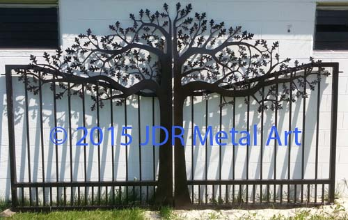 Wisconsin plasma cut oak tree custom driveway gate by JDR Metal Art 2015
