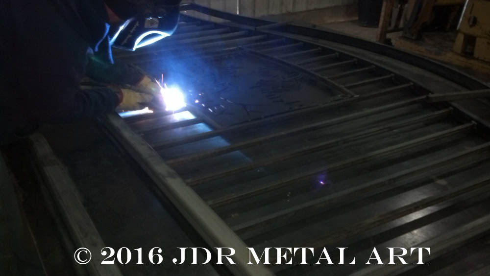 Personalized entry gates by JDR Metal Art 2016