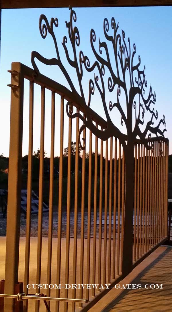 virginia driveway gate by jdr metal art