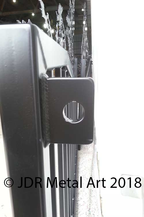 Gate hinge bracket JDR 2018
