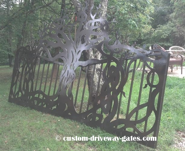 Tree of life driveway gate design plasma cut by JDR metal art in 2016. This gate went to a property near Erie, PA.