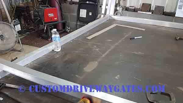 Fitting aluminum gate frame