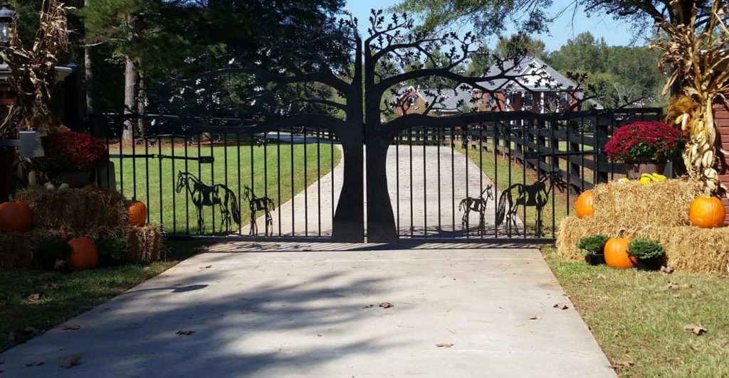 cropped Atlanta driveway entry gates custom built by JDR Metal Art
