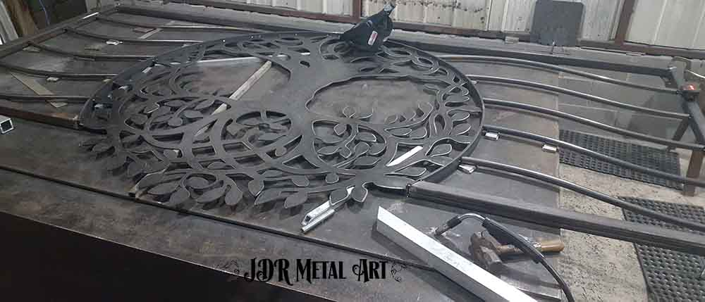 Tree of life gate design on welding table