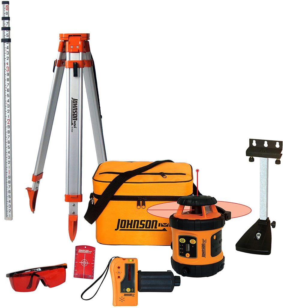 Transit level kit for leveling and plumbing driveway gates posts.